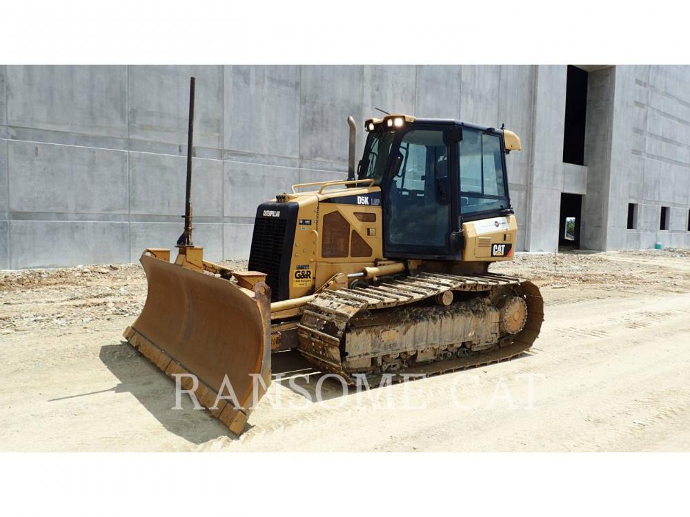 Detail photo of 2011 Caterpillar D5K LGP from Construction Equipment Guide