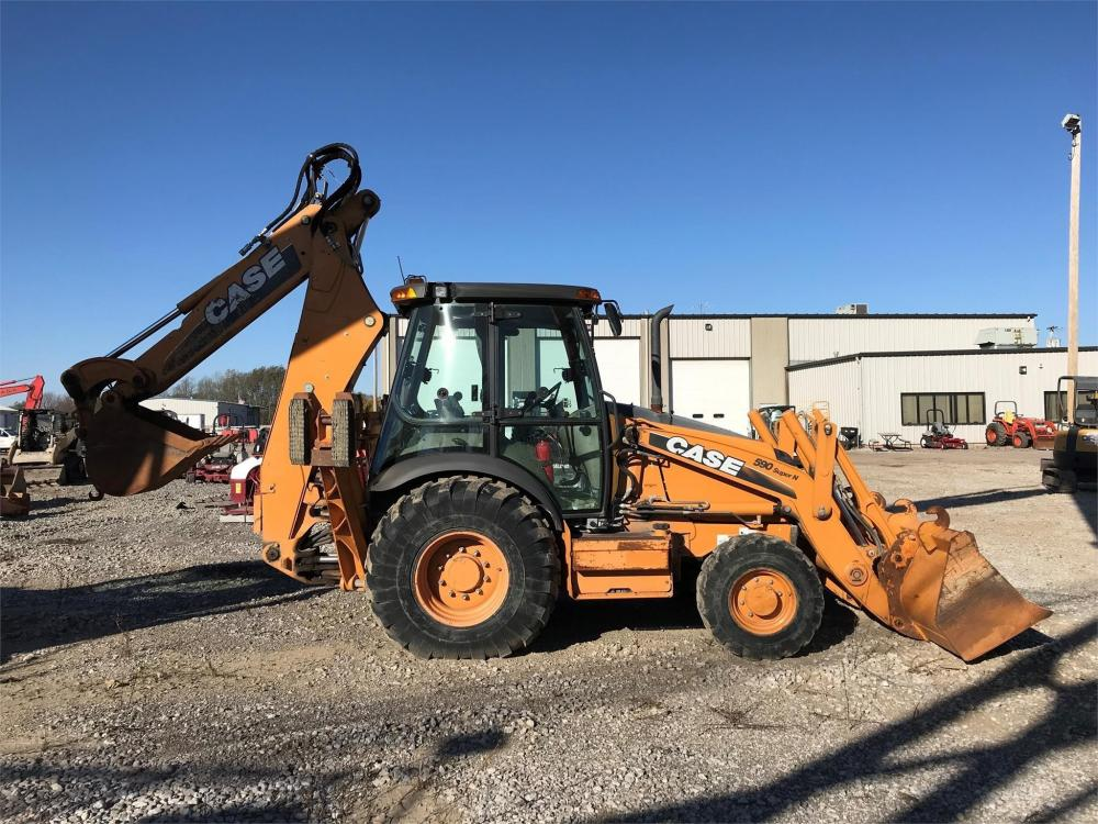 Detail photo of 2011 Case 590 SN from Construction Equipment Guide