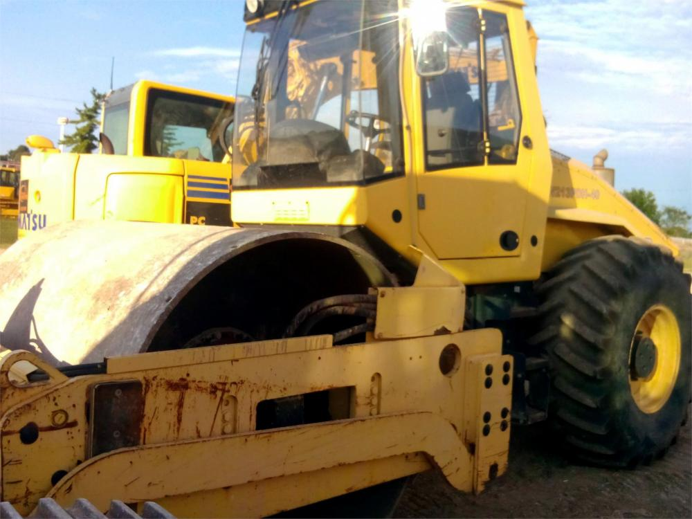 Detail photo of 2007 Bomag BW 213 PDH-40 from Construction Equipment Guide