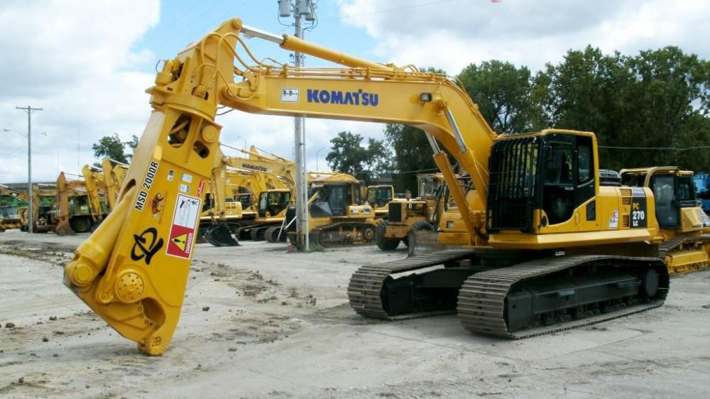 Detail photo of 2009 Komatsu PC270LC-8 from Construction Equipment Guide