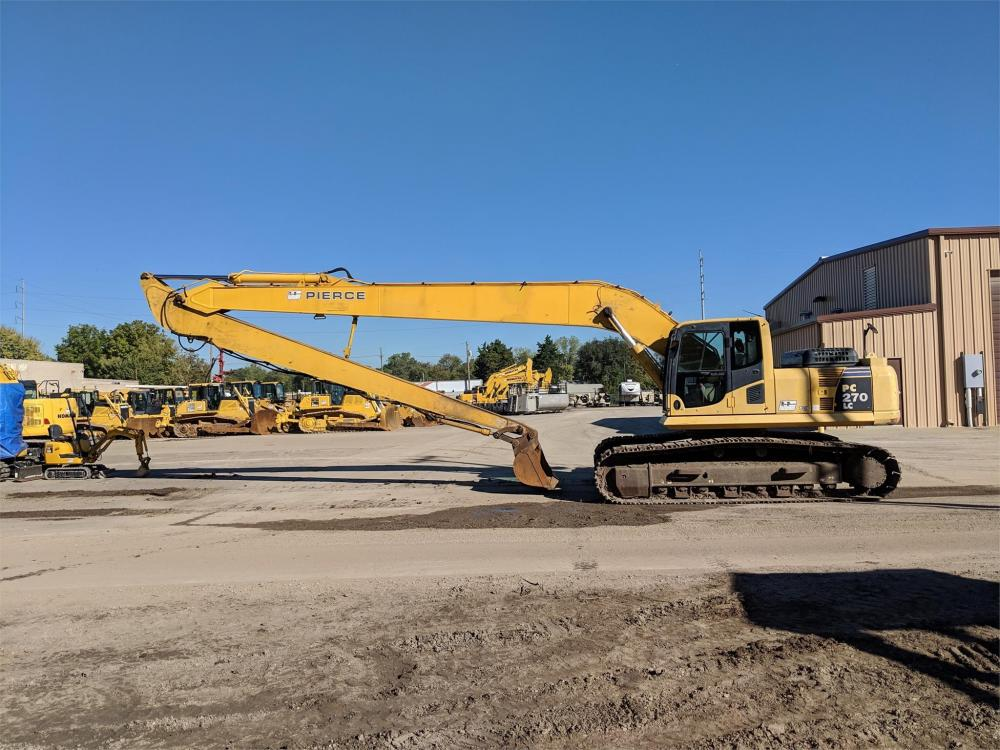 Detail photo of 2006 Komatsu PC270LC-8 from Construction Equipment Guide