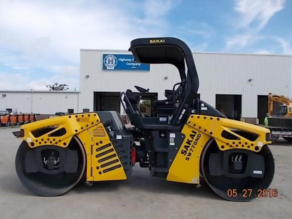Detail photo of 2015 Sakai SW770ND from Construction Equipment Guide
