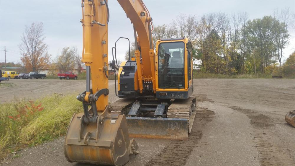 Detail photo of 2015 Hyundai ROBEX 145 LCR-9A from Construction Equipment Guide