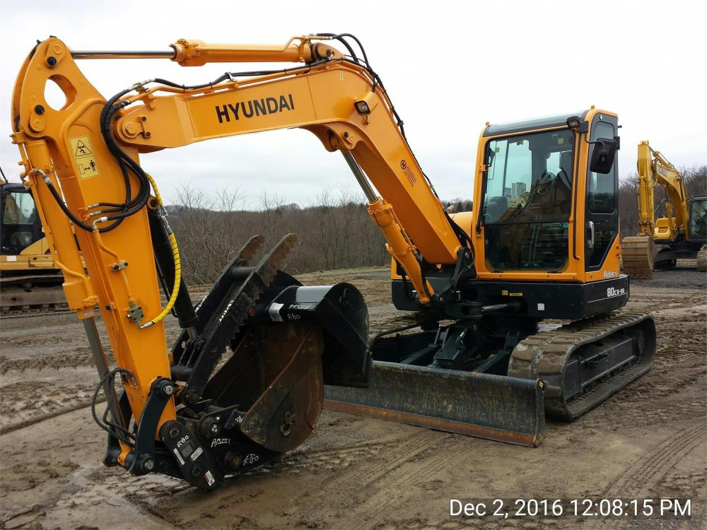 Detail photo of 2015 Hyundai ROBEX 80CR-9A from Construction Equipment Guide