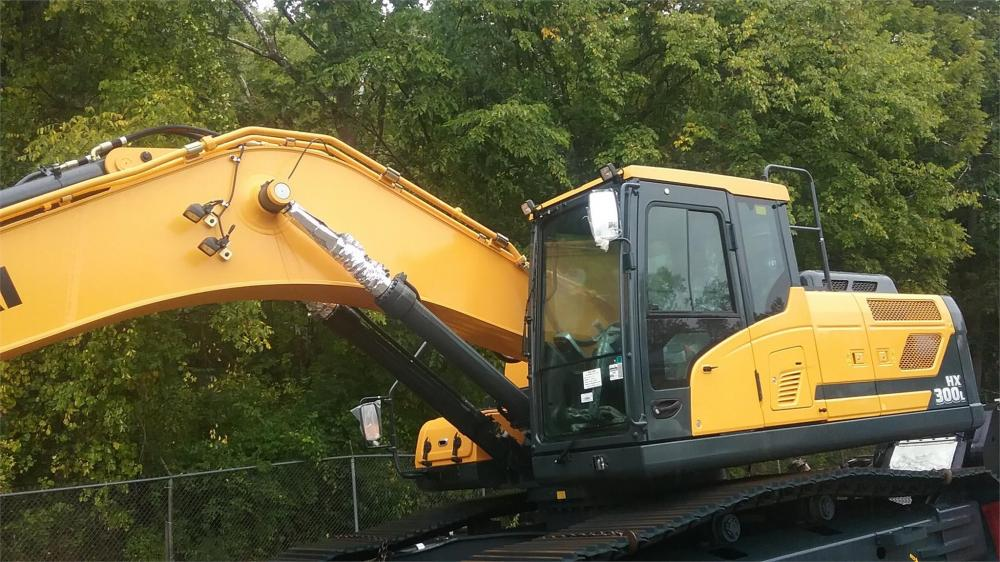 Detail photo of 2017 Hyundai HX300L from Construction Equipment Guide
