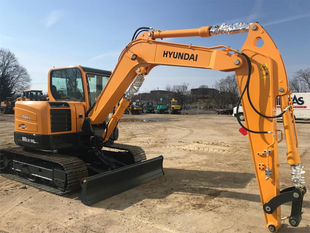 Detail photo of 2019 Hyundai ROBEX 80 from Construction Equipment Guide