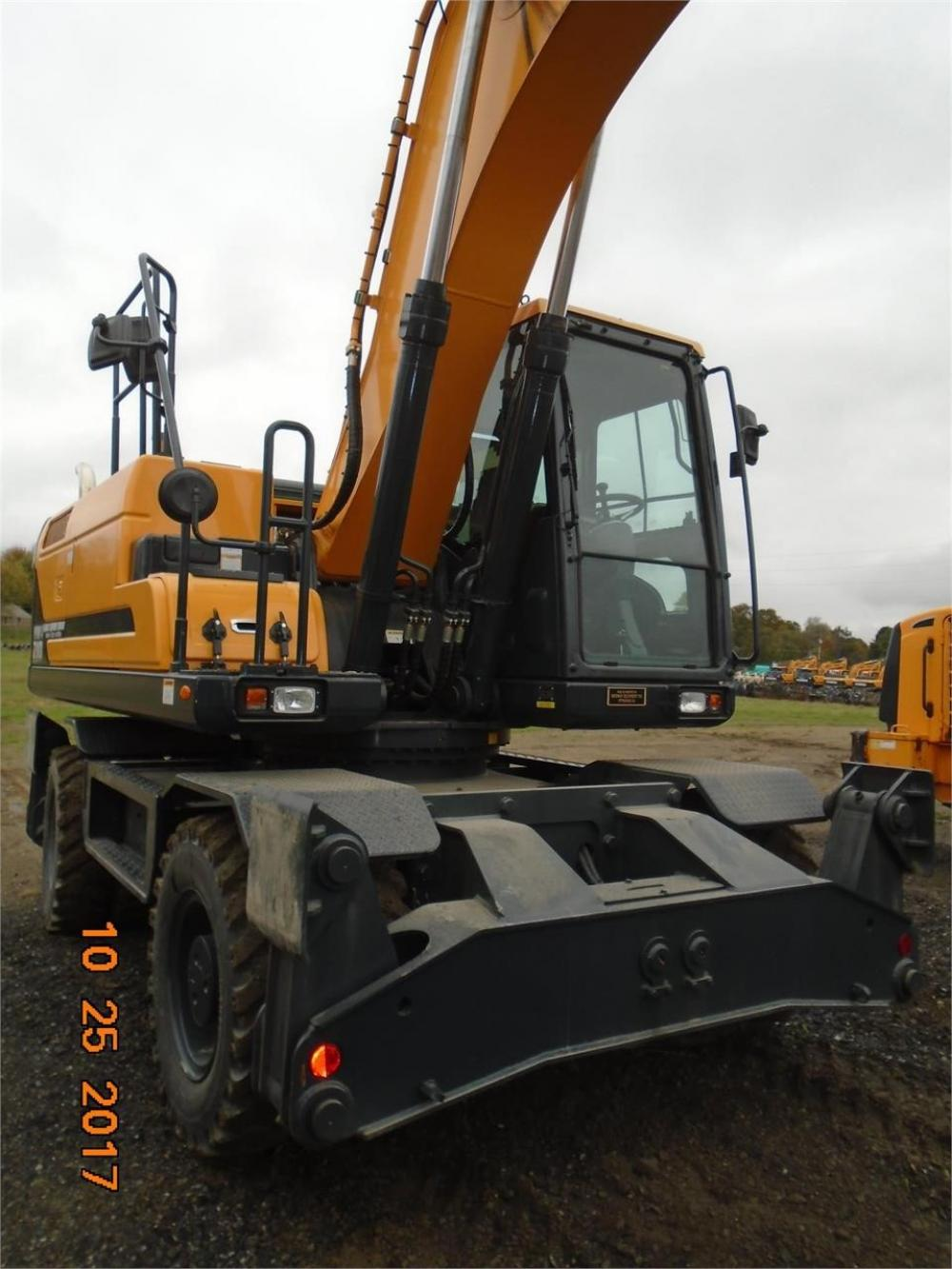 Detail photo of 2016 Hyundai HW210 from Construction Equipment Guide