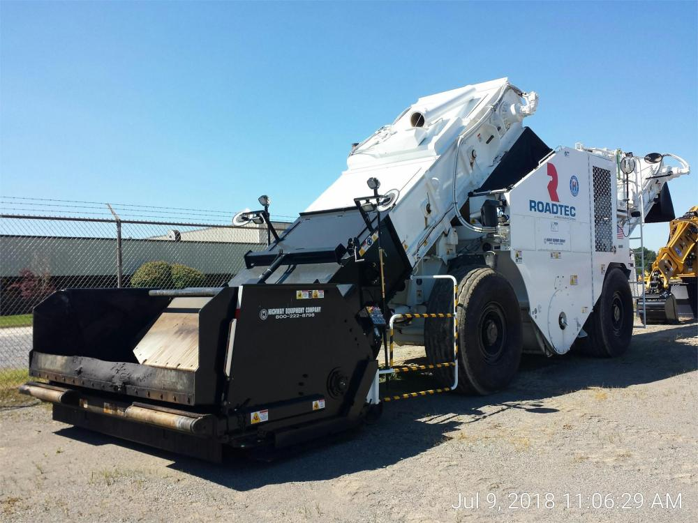 Detail photo of 2018 Roadtec SB-2500E from Construction Equipment Guide