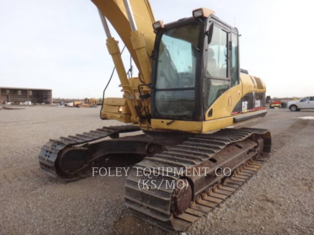 Detail photo of 2006 Caterpillar 324DL from Construction Equipment Guide