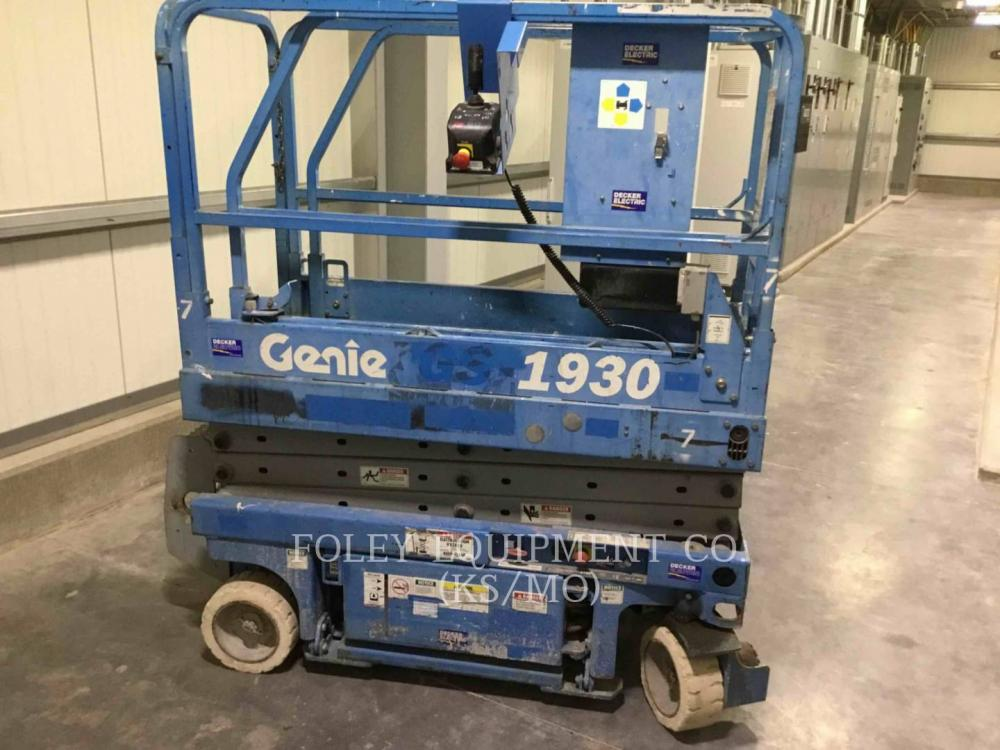 Detail photo of 2002 Genie GS-1930 from Construction Equipment Guide