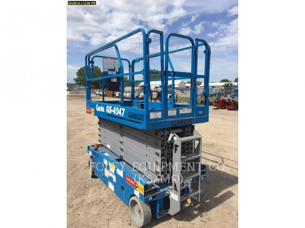 Detail photo of 2015 Genie GS-4047 from Construction Equipment Guide
