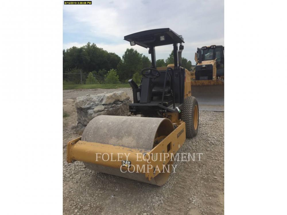 Detail photo of 2015 Caterpillar CS34 from Construction Equipment Guide