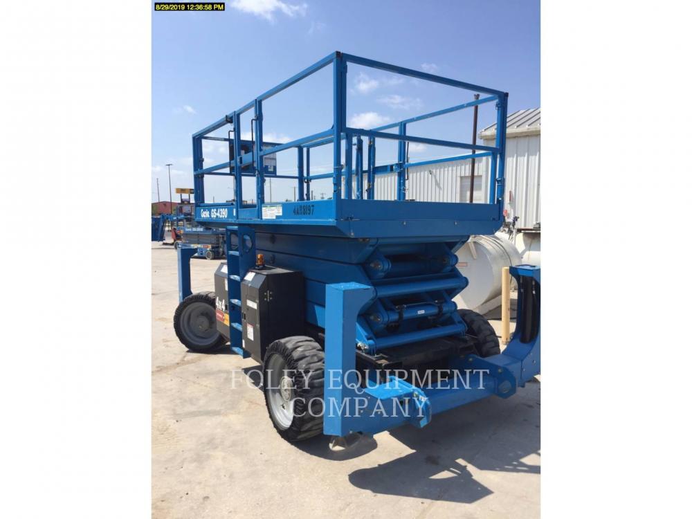 Detail photo of 2015 Genie GS-4390 RT from Construction Equipment Guide