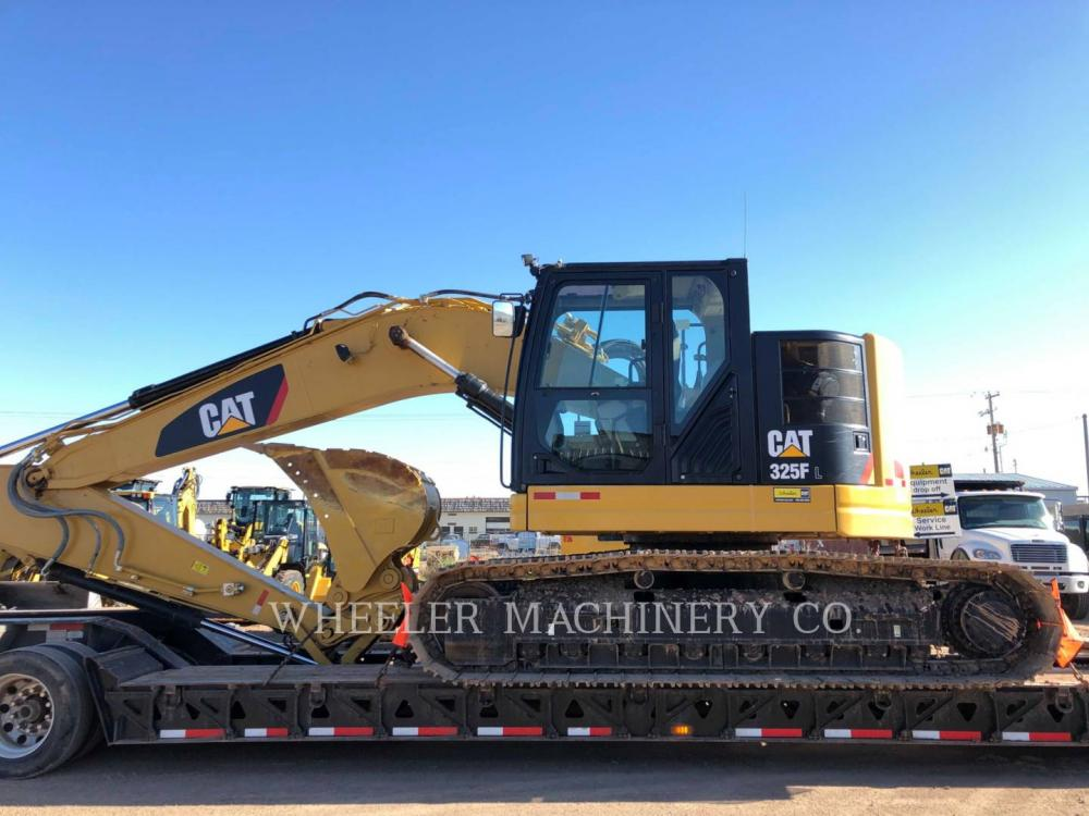Detail photo of 2018 Caterpillar 325F CR from Construction Equipment Guide