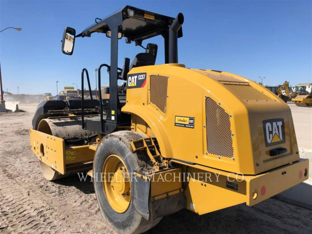 Detail photo of 2018 Caterpillar CCS7 from Construction Equipment Guide