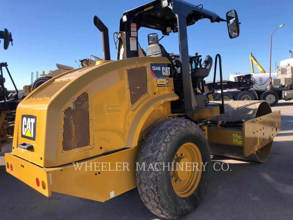 Detail photo of 2019 Caterpillar CS44B from Construction Equipment Guide