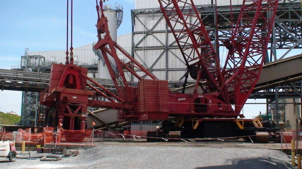 Detail photo of 2001 Manitowoc 21000 from Construction Equipment Guide