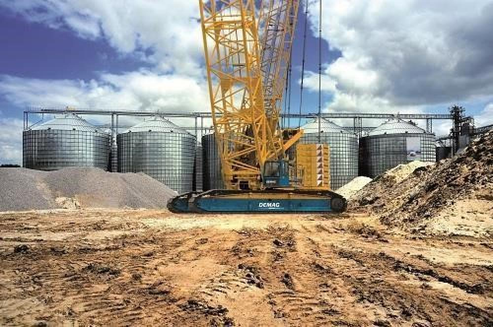 Detail photo of 2019 Terex CC 2400-1 from Construction Equipment Guide
