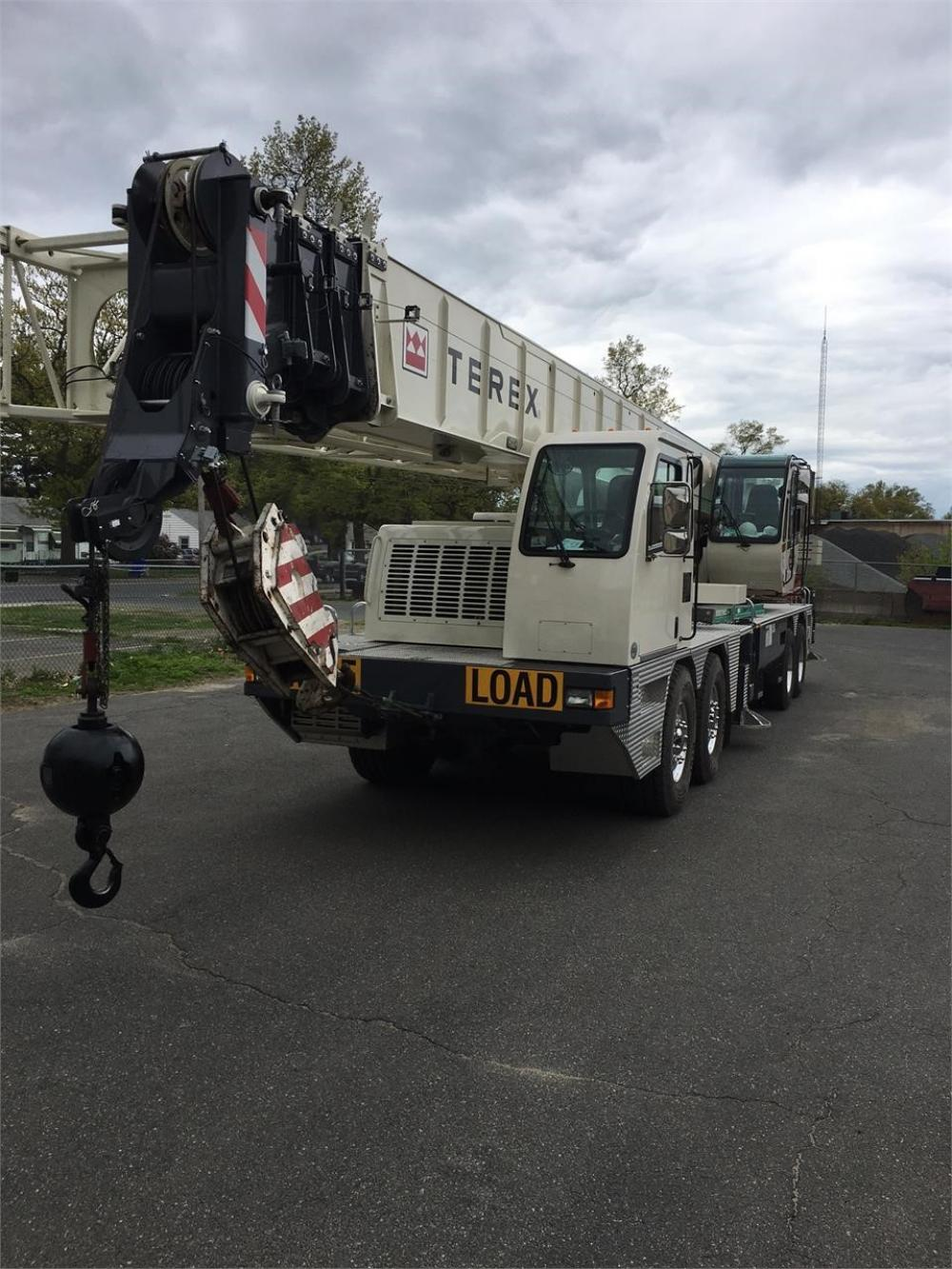 Detail photo of 2014 Terex T780 from Construction Equipment Guide