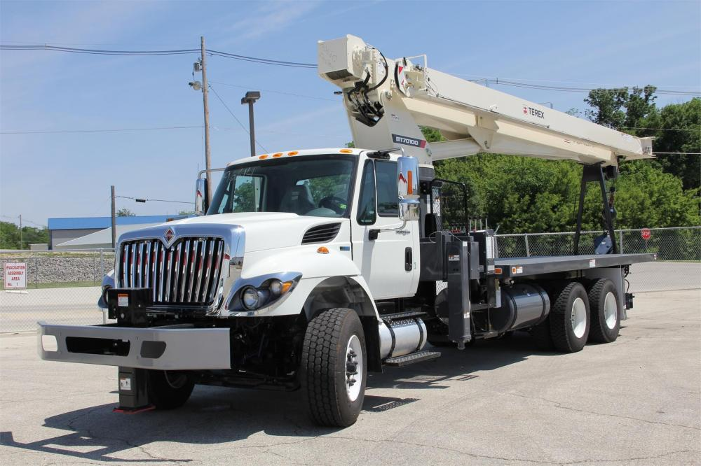 Detail photo of 2018 Terex BT70100 from Construction Equipment Guide