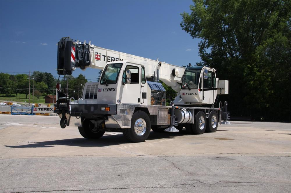 Detail photo of 2018 Terex T340-1XL from Construction Equipment Guide