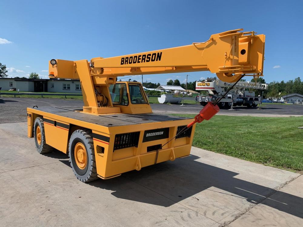 Detail photo of 2006 Broderson IC80-3G from Construction Equipment Guide