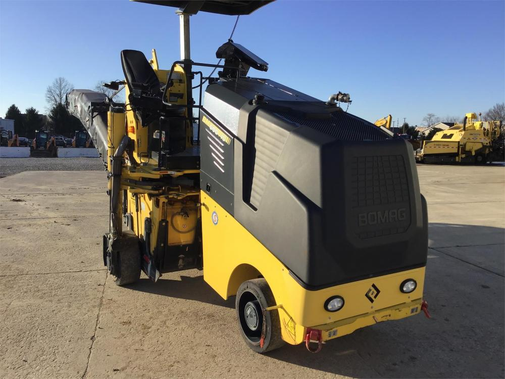Detail photo of 2014 Bomag BM 600/15 from Construction Equipment Guide