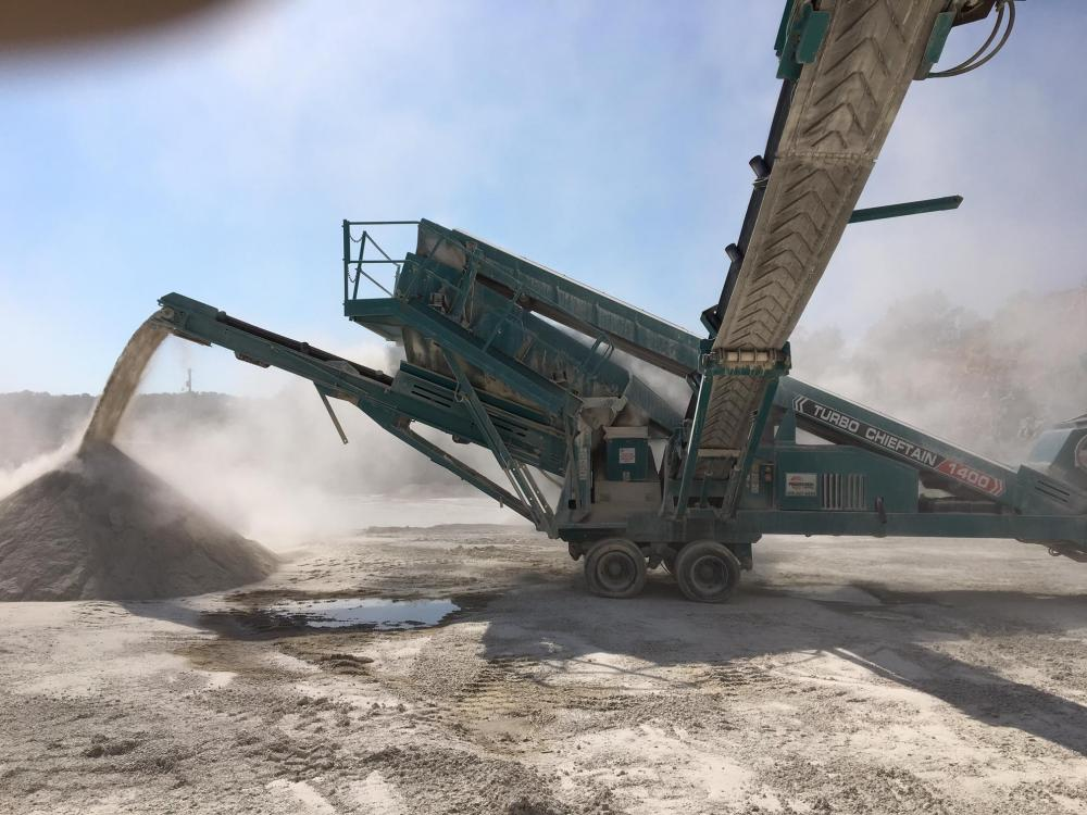 Detail photo of 2004 Powerscreen CHIEFTAIN 1400W from Construction Equipment Guide