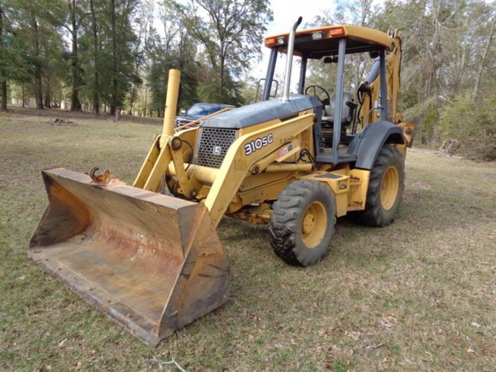 Detail photo of 2005 John Deere 310SG from Construction Equipment Guide