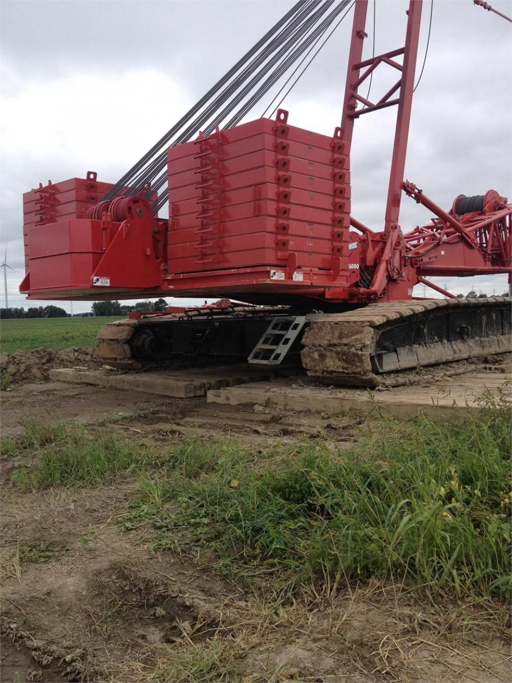 Detail photo of 2008 Manitowoc 16000 from Construction Equipment Guide