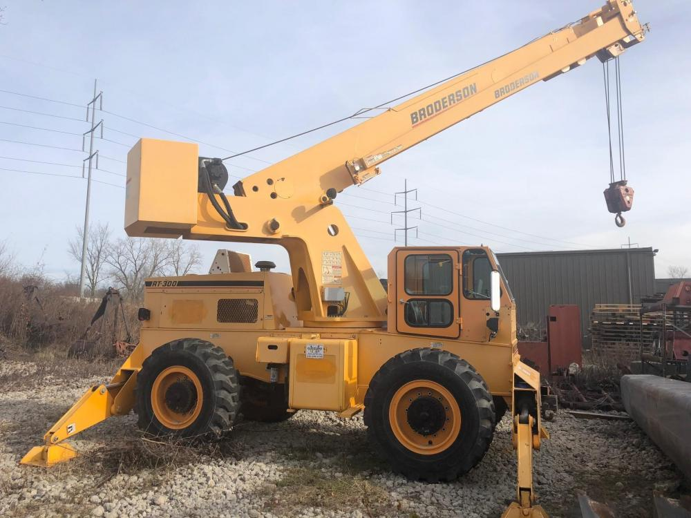 Detail photo of 2012 Broderson RT-300-2F from Construction Equipment Guide