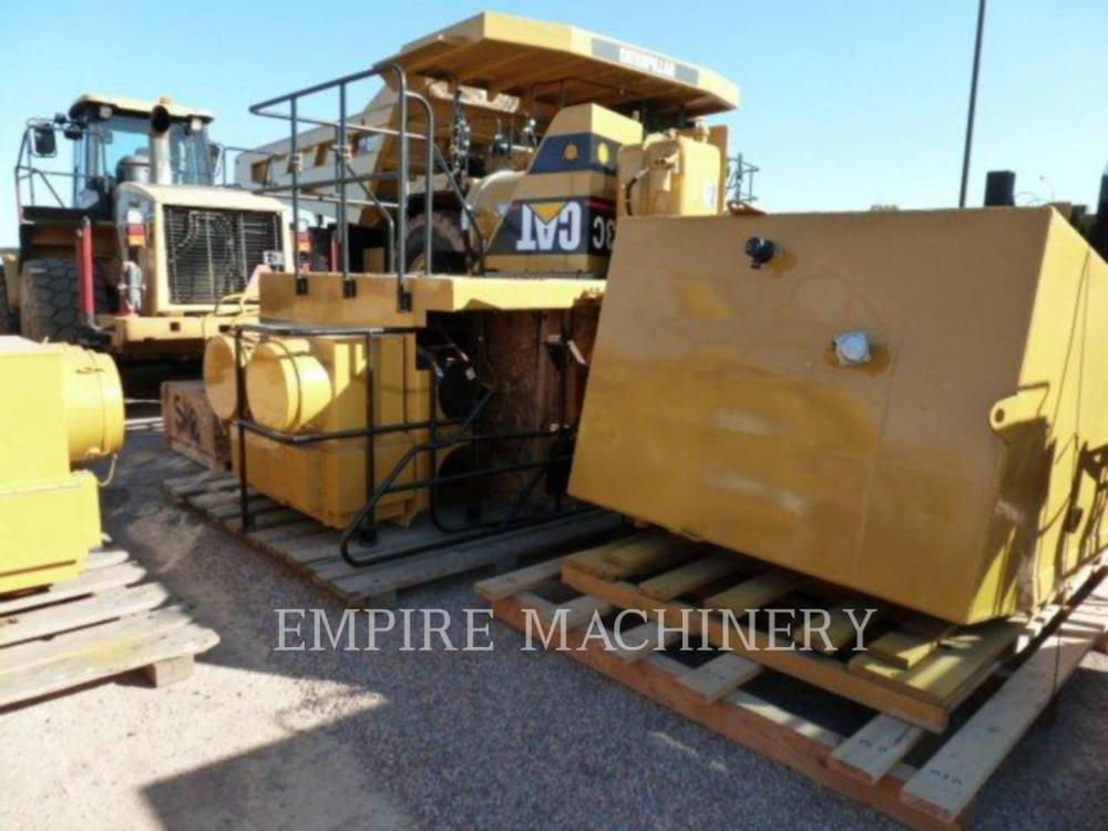 Detail photo of 1995 Caterpillar 793B from Construction Equipment Guide