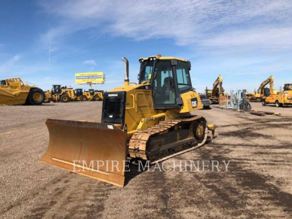 Detail photo of 2011 Caterpillar D6K from Construction Equipment Guide