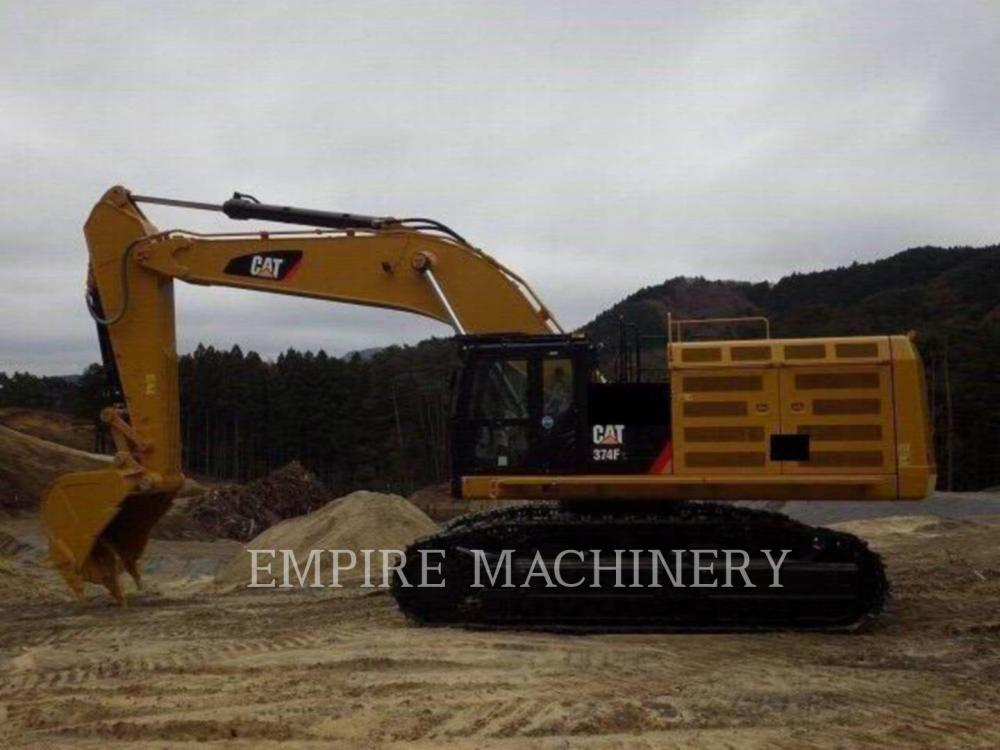Detail photo of 2017 Caterpillar 374D from Construction Equipment Guide