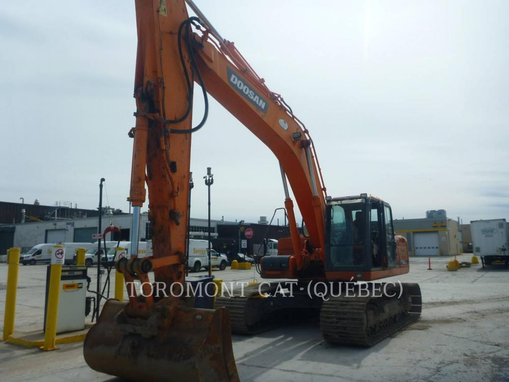 Detail photo of 2011 Doosan DX300 from Construction Equipment Guide