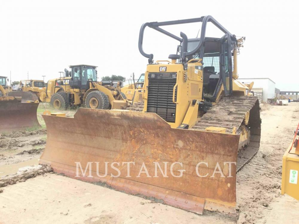 Detail photo of 2018 Caterpillar D6N LGP from Construction Equipment Guide