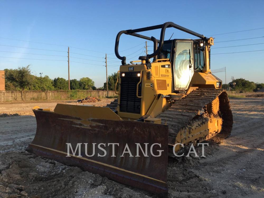 Detail photo of 2017 Caterpillar D6N LGP from Construction Equipment Guide