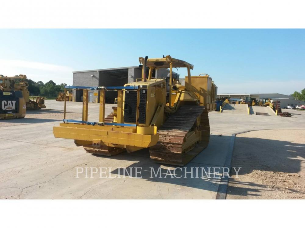 Detail photo of 2005 Caterpillar D6N LGP from Construction Equipment Guide