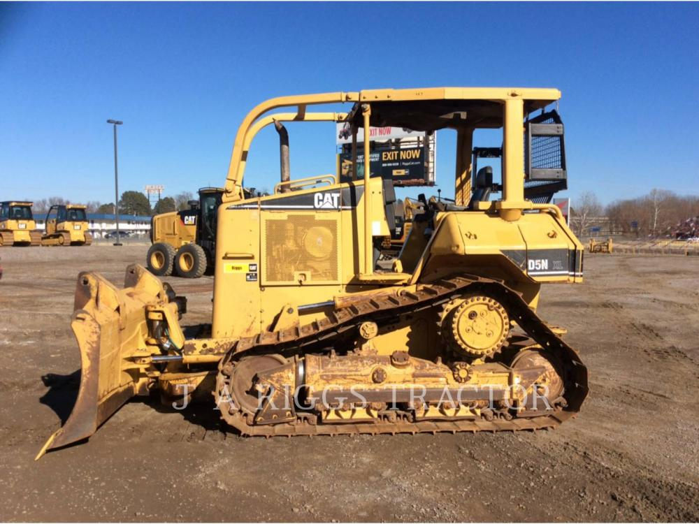 Detail photo of 2005 Caterpillar D5N from Construction Equipment Guide