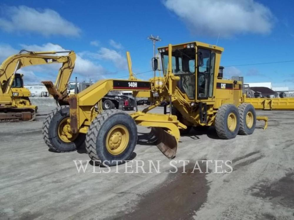 Detail photo of 1997 Caterpillar 140H from Construction Equipment Guide