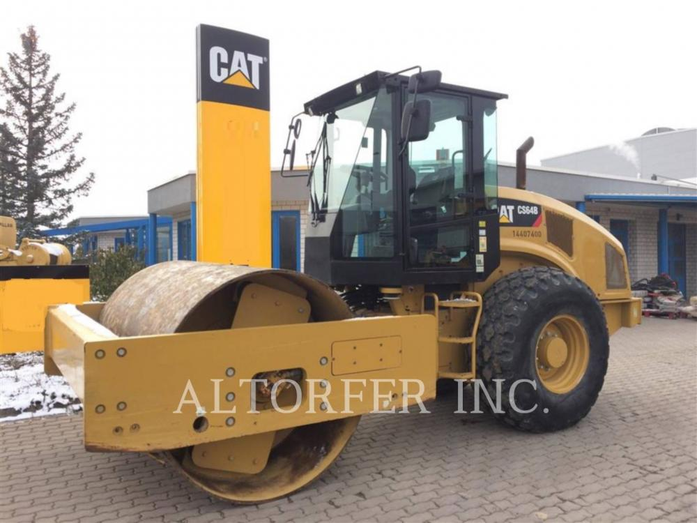 Detail photo of 2014 Caterpillar CS64B from Construction Equipment Guide