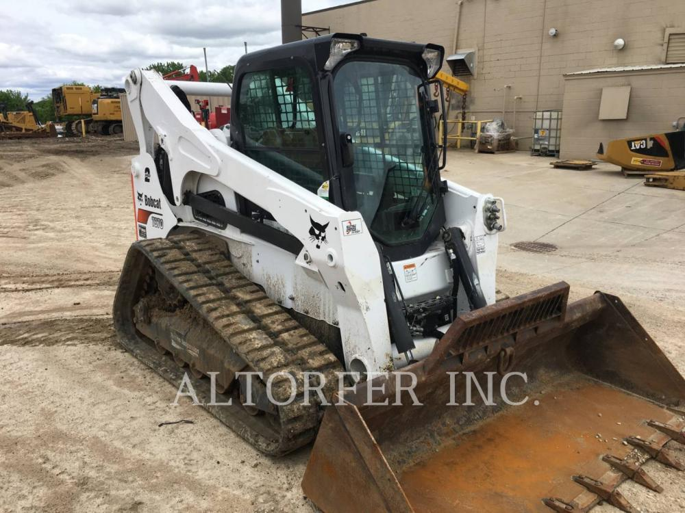 Detail photo of 2018 Bobcat T870 from Construction Equipment Guide