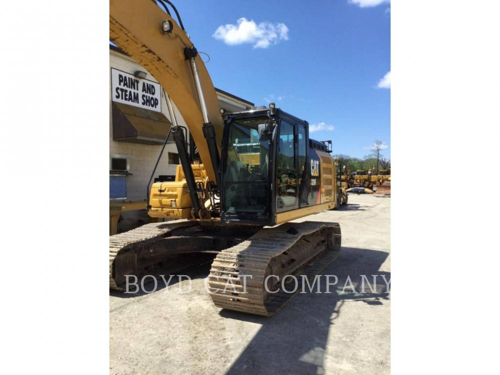 Detail photo of 2015 Caterpillar 326 FL from Construction Equipment Guide