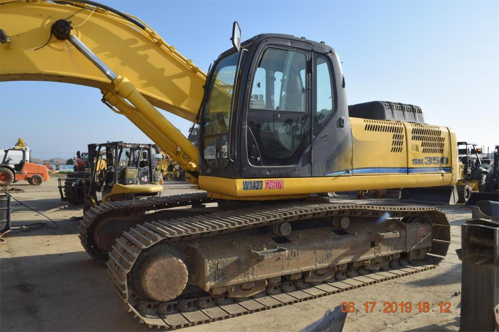 Detail photo of 2011 Kobelco SK350 LC-8 from Construction Equipment Guide