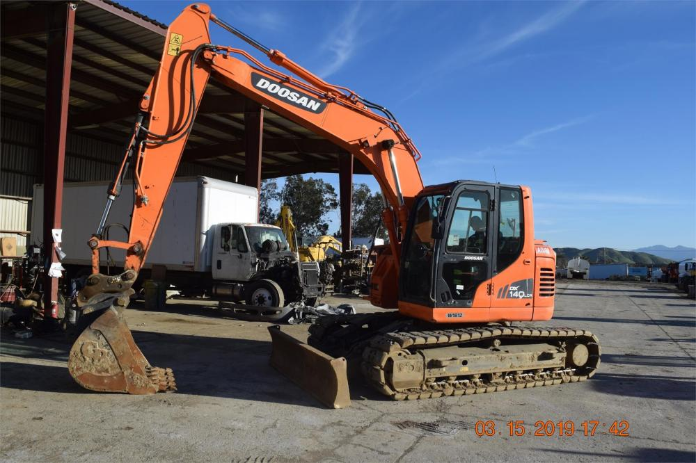 Detail photo of 2014 Doosan DX140LCR-3 from Construction Equipment Guide