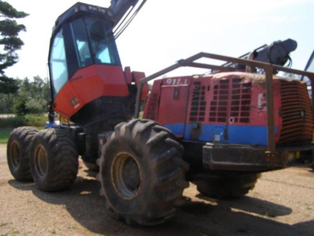 Detail photo of 2002 Valmet 911.1 from Construction Equipment Guide