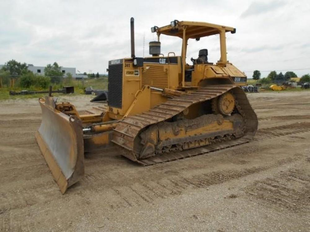 Detail photo of 1997 Caterpillar D6M LGP from Construction Equipment Guide