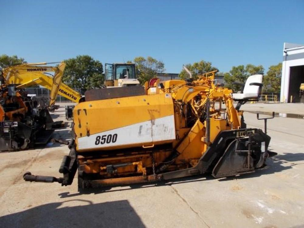 Detail photo of 2004 LeeBoy 8500HD II from Construction Equipment Guide