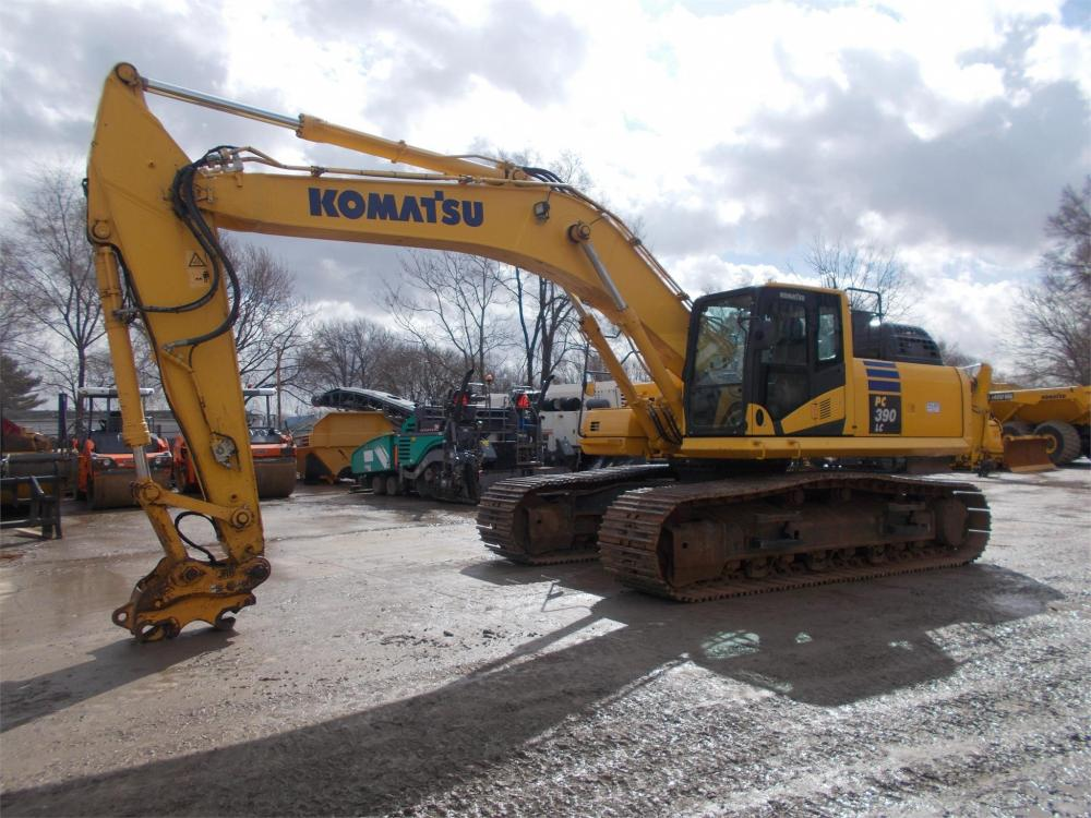 Detail photo of 2015 Komatsu PC390LC-11 from Construction Equipment Guide