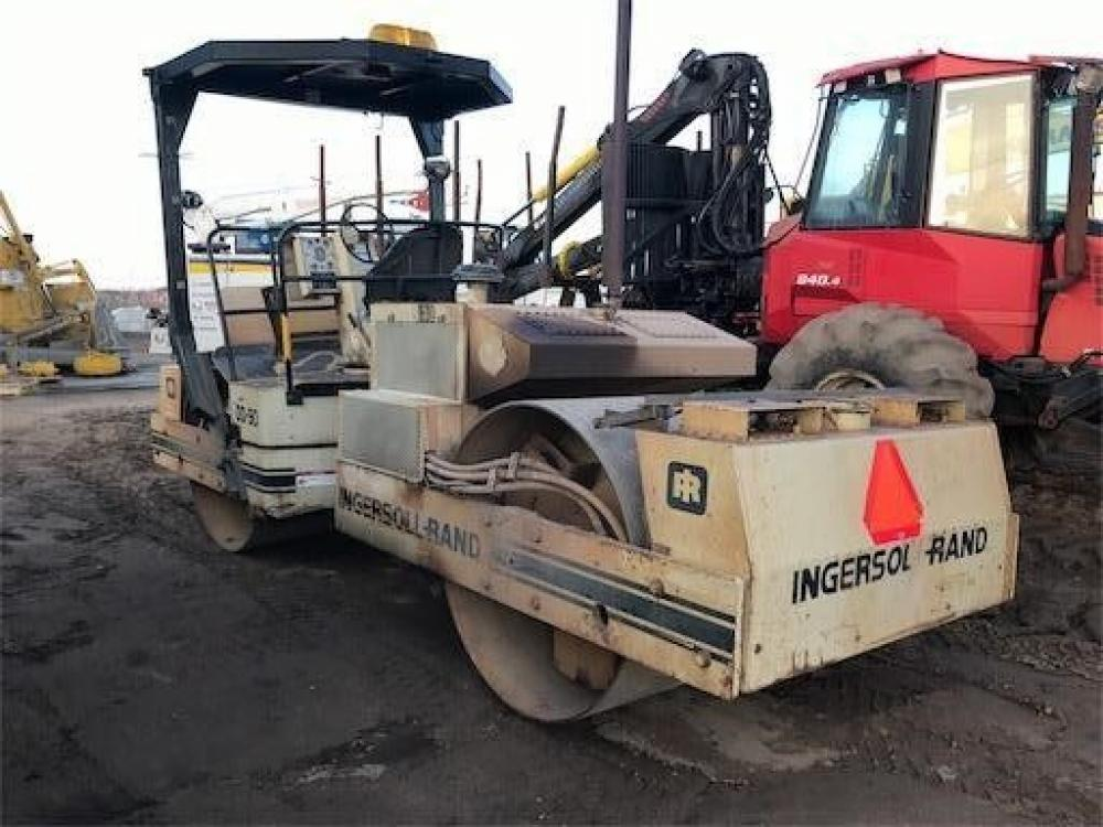 Detail photo of 1999 Ingersoll Rand DD90 from Construction Equipment Guide